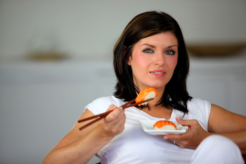 Fda urges women to eat more fish during pregnancy which for Can pregnant women eat fish
