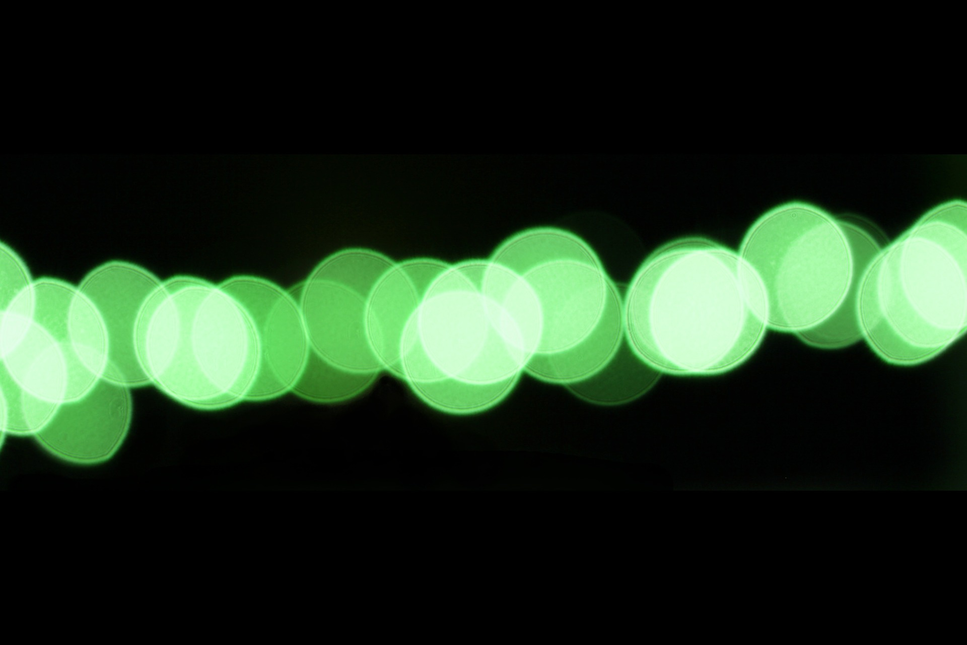 & Green Light Relieves Migraine Pain Reduces Light Sensitivity By 20% azcodes.com