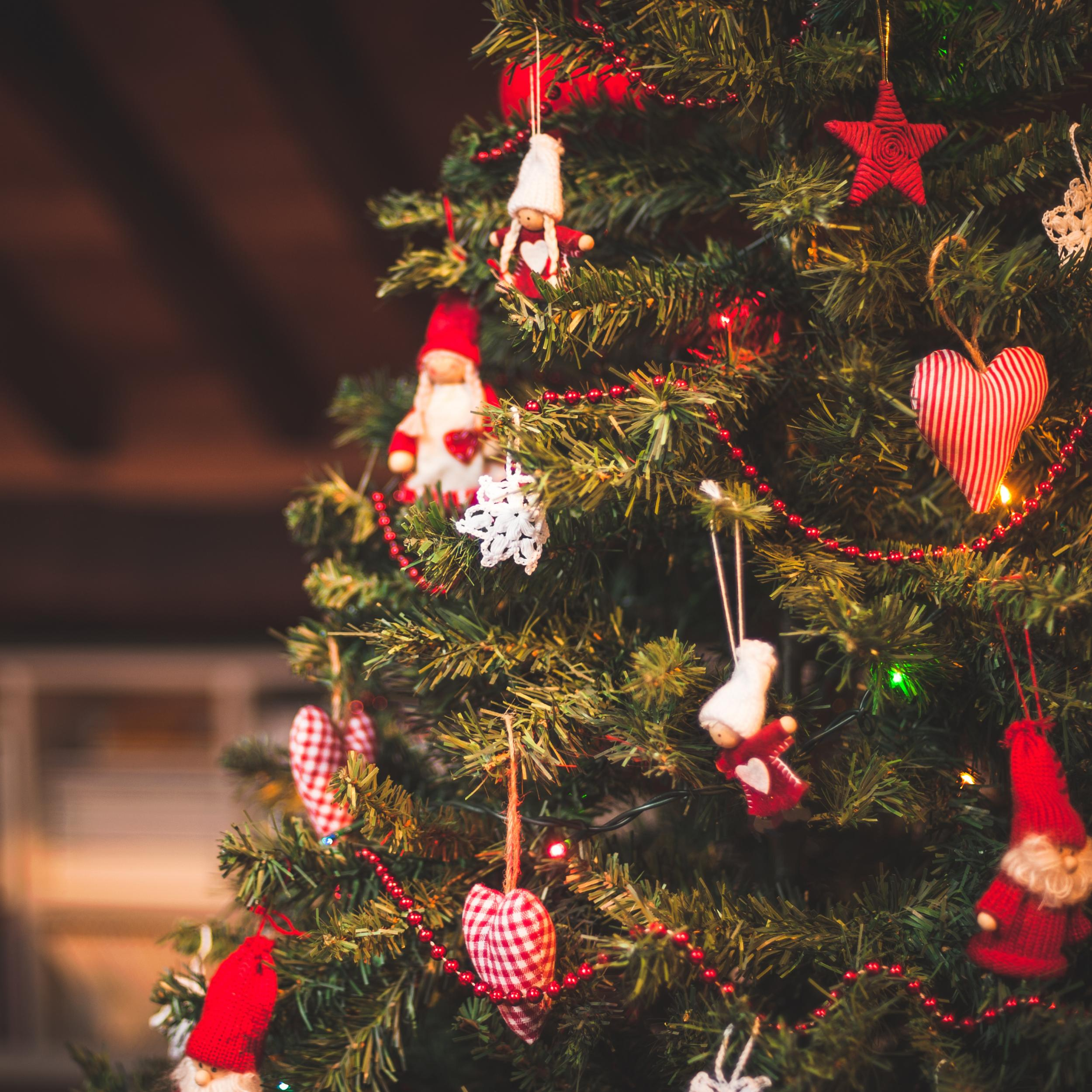 Medical Christmas Tree: Christmas Isn't Only For Christians: Secular Celebrators
