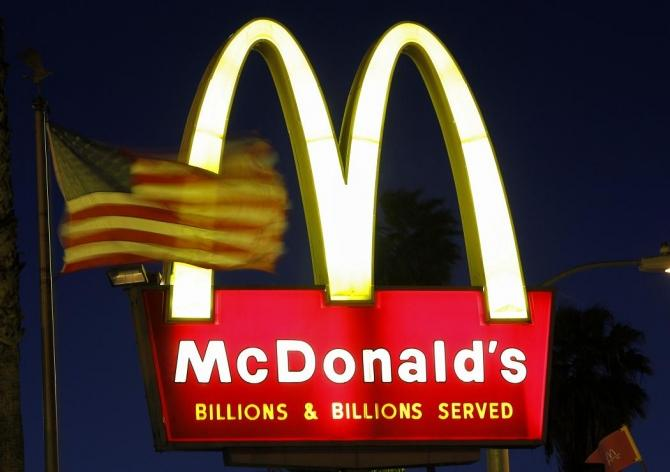 Countries with laxer economic regulations have more fast food chains, and therefore have higher rates of obesity.