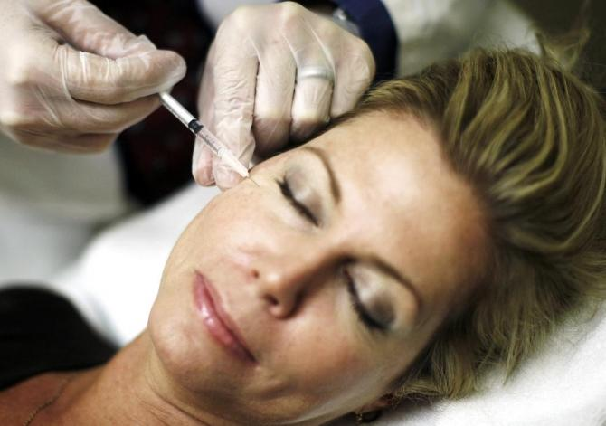 Botox Injections Make Women Depressed Because They Can't Smile