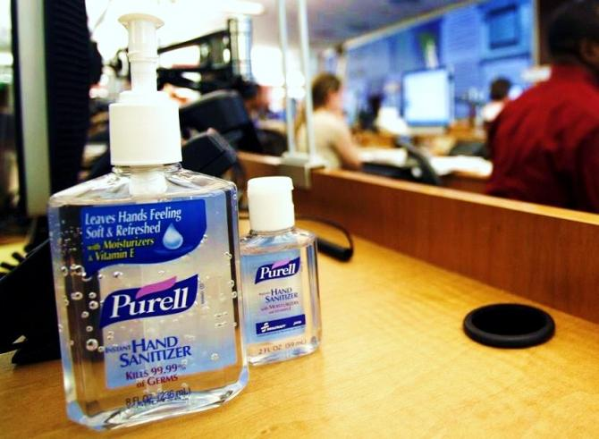 Doctors are warning parents about a dangerous new trend of teens getting drunk off liquid hand sanitizers, after six teenagers in California were recently rushed to emergency rooms.