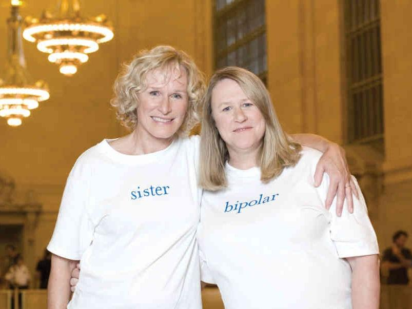 Glenn Close With Sister Jessie Close
