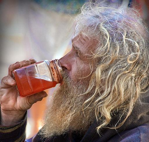 Homeless People Drinking - Higher Head Injury Risk