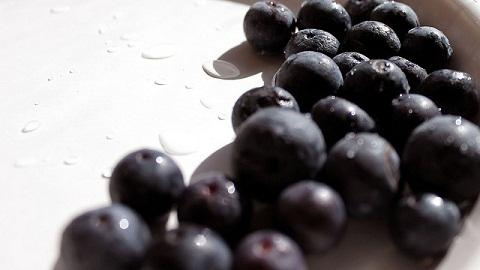 Health Benefits of Blueberries: 5 Reasons To Eat More Blueberries