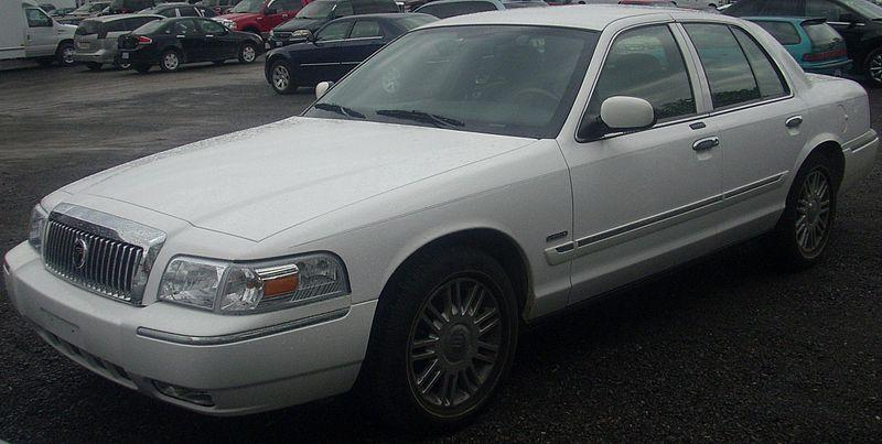 ford recalls crown victoria grand marquis lincoln town. Black Bedroom Furniture Sets. Home Design Ideas