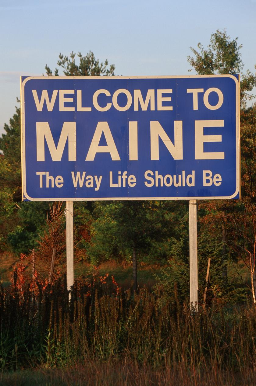 shutterstock photo of Maine sign