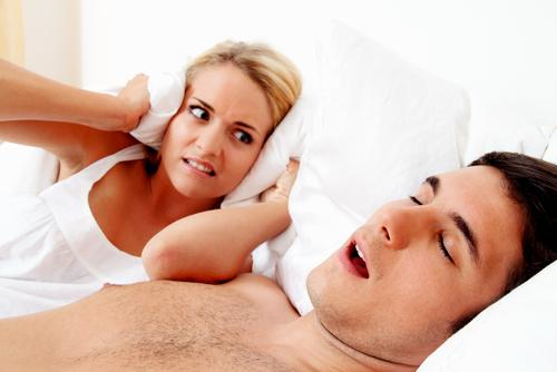 Woman can't sleep because of man's loud snoring