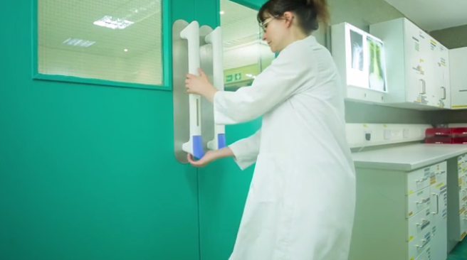 PullClean is a hospital door handle that dispenses a dab of hand sanitizer when pushed