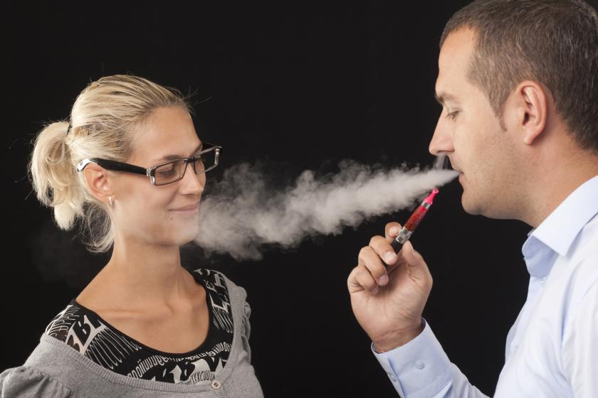 Young Parents Believe E-Cigarettes Are Acceptable To Others