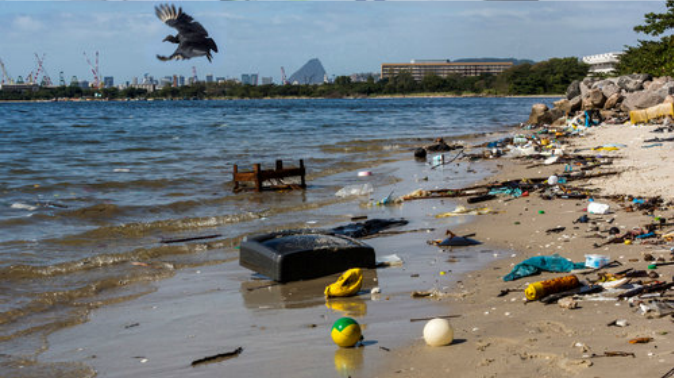Guanabara-Bay-polluted