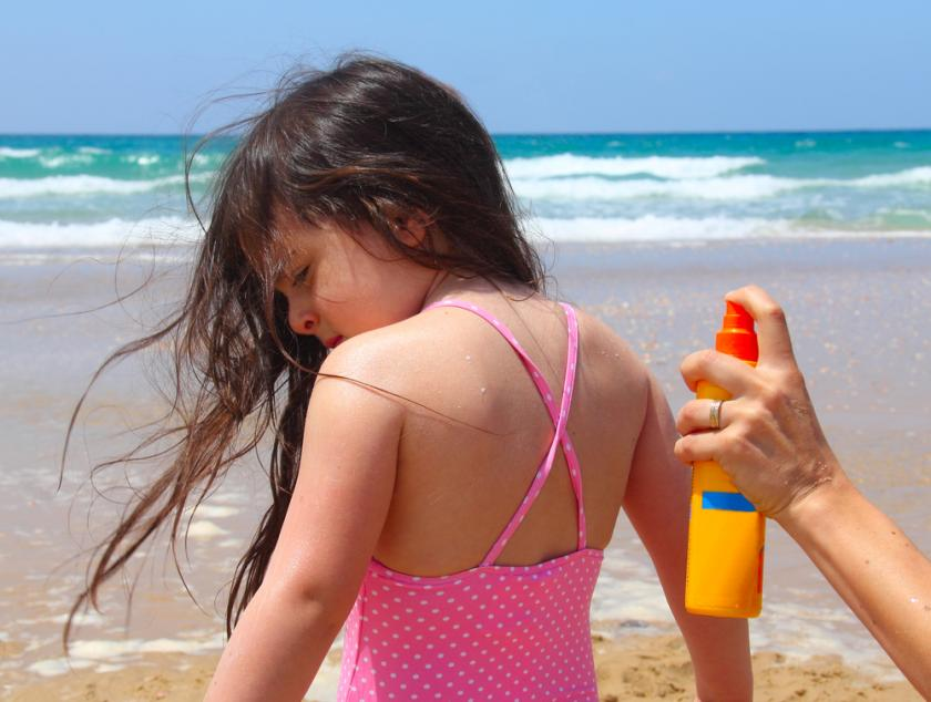 Spray On Sunscreen Advised Against For Children