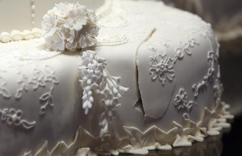 broken wedding cake