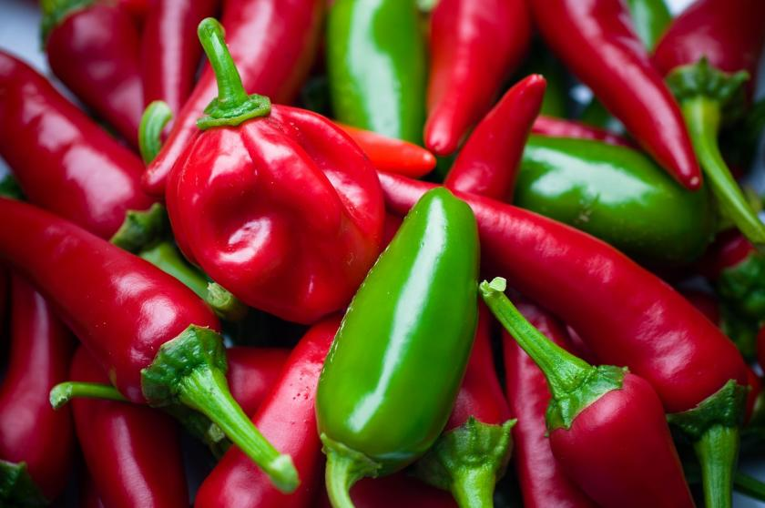 Benefits of eating chili peppers