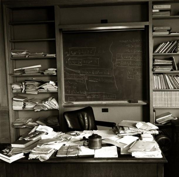 A Messy Desk May Spark Creativity But At Price What Science Has To Say About Being Organized Vs