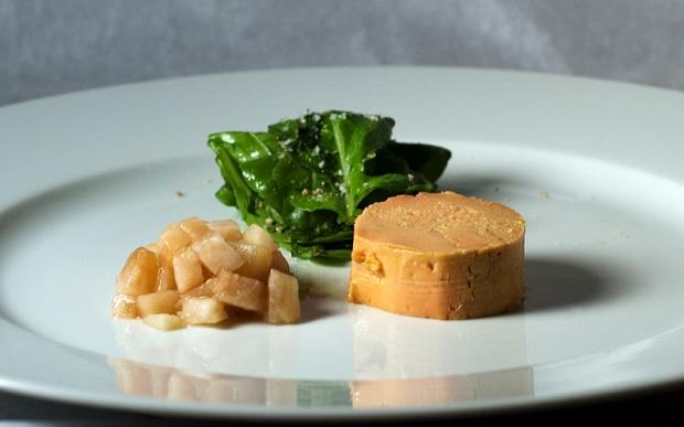 800px-Moulard_Duck_Foie_Gras_with_Pickled_Pear
