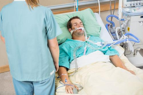 Icu Female Patient : ICU Patients Face Lower Risk Of Fatal Sepsis When Theyre Discharged ...
