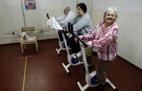 old people exercise