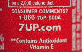 7UP label