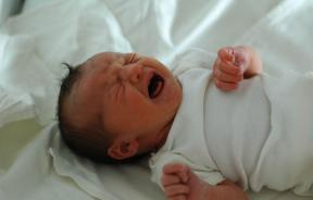 Helplessness in Newborns, Childbirth Pains
