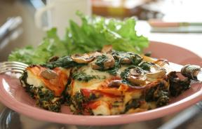 Mushroom, zucchini and spinach vegetable lasagna