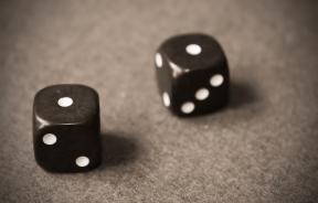 snake-eyes-dice-roll
