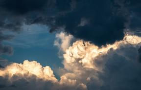 the-clouds-1768967_1920